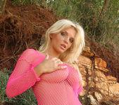 Ines Pink Beach - Ines Cudna 2