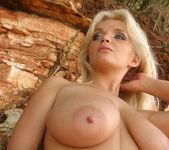 Ines Pink Beach - Ines Cudna 11