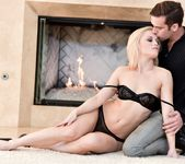 Ash Hollywood & Logan Pierce - Erotica X 3