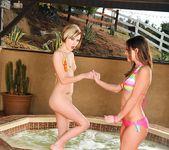 Victoria Lawson & Kelly Klass - SunLustXXX 3