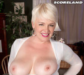 Missy Monroe - Anal Cream For A Blonde Cum Collector 9
