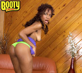 Envy Kenya - Give It To Me Good - Bootylicious Mag 10