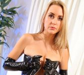 Annabelle - Ann Gloves - Strictly Glamour 9