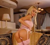 Lisa Rose Double Penetrated 2