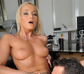 Kathia Nobili Ass Sex 10