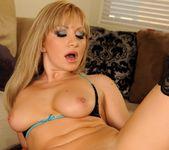 Lea Lexxis - Flexy Pussy 15