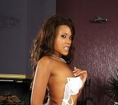 Keisha Kane - Flexy Pussy 3