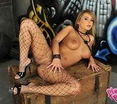 Dorothy Black - Flexy Pussy 10