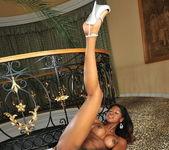 Jasmine - Flexy Pussy 17