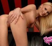 Gitta Blond - Flexy Pussy 6