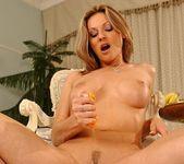 Caroline Cage - Flexy Pussy 17
