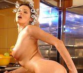 Caroline Cage - Flexy Pussy 19