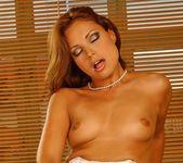 Szilvia Lauren - Flexy Pussy 13