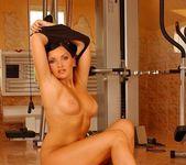 Lara Black - Flexy Pussy 4