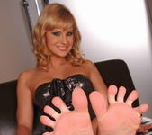 Abbie Cat - Footsie Babes 6