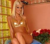 Jessy Wynn - Footsie Babes 3