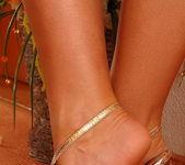 Simone Peach - Footsie Babes 2