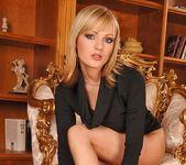 Bianca Golden - Footsie Babes 4