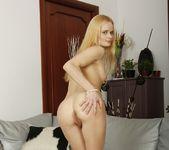 Ann Marie - GapeLand 8
