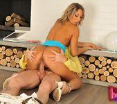 Joanna Sweet - Horny Euro Sluts 9