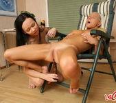 Dirty Lesbians Alexa & Reyna - Lez Cuties 16