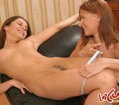 Lilja & Randy Lez Action - Lez Cuties 7