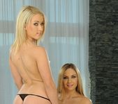 Mariah & Yvette Lez Action - Lezbo Honeys 3