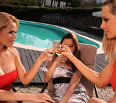 Lesbian Threesome Action with Sandy, Peaches & Wivien 2