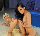 Lesbian Action with Sonia Red & Dido - Lezbo Honeys 19