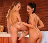Blue Angel & Esmerelda Eating Each Other Out - Lezbo Honeys 3