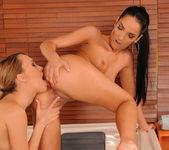 Blue Angel & Esmerelda Eating Each Other Out - Lezbo Honeys 10