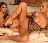 Pussy Licking with Sandy and Zafira - Lezbo Honeys 13