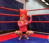 Nikky Thorne VS Nataly Von 4