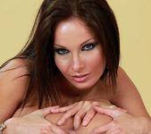 Kissy, Kathia Nobili 13