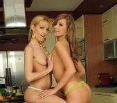 Jessika Lux, Sophie Moone 5