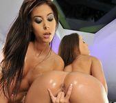 Nelly Sullivan, Ashley Brooke 18