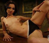 Kathia Nobili, Jeanine Hot 2