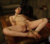 Kathia Nobili, Jeanine Hot 13