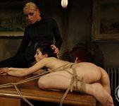 Kathia Nobili, Jeanine Hot 23
