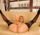 Michelle Moist - 21 Sextury 8