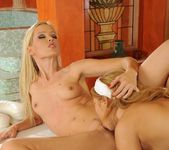 Sophie Moone, Antonya 12