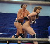 Eliska Cross vs Lisa Sparkle 14