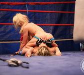 Bianca Arden VS Anita Hengher 15