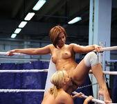 Cipriana VS Tara Pink 17