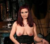 Mandy Bright, Pop Anca 7