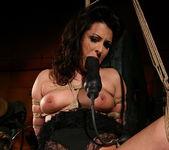 Kathia Nobili, Humpy Milla 14
