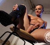 Mandy Bright, Sinead 5