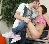 Anal Teen Benta - gaping hard 5