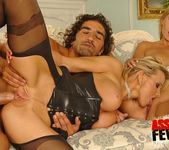 Anal FFM Threesome with Tissy Teyra & Winnie 11