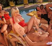 Sandy, Eve, Simone, Natalli, Jas 16